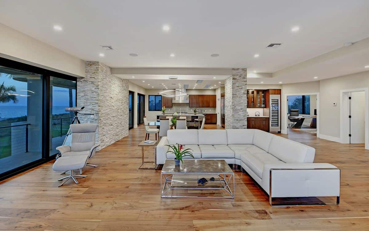 Read more about the article What comes standard in your Markley custom luxury home.